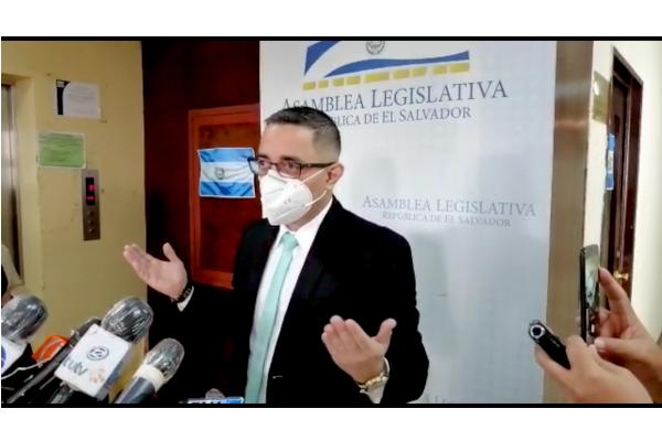 El Procurador para la Defensa de los Derechos Humanos, Apolonio Tobar, también expresó su rechazo en contra de las acciones del Estado Mayor.