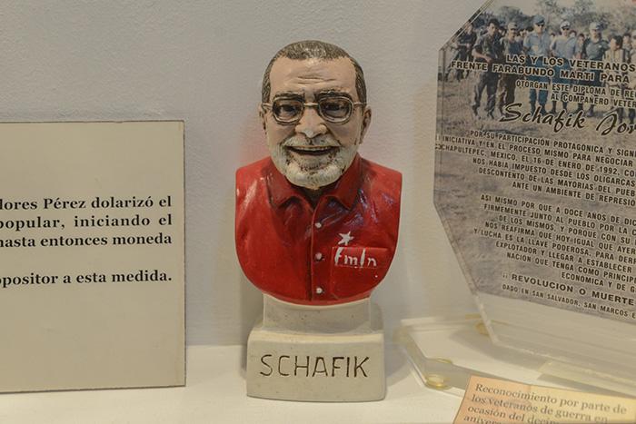 Schafik Hándal fue uno de los principales negociadores del cese del conflicto armado. Foto: Vladimir Chicas