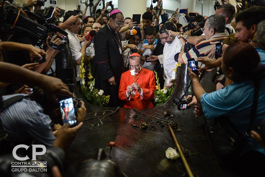 En julio, el arzobispo auxiliar de San Salvador, Gregorio Rosa Chávez, fue nombrado cardenal de la iglesia Católica por el papa Francisco. Rosa Chávez  expresó que su designación por el papa Francisco fue en nombre del beato Monseñor Romero.