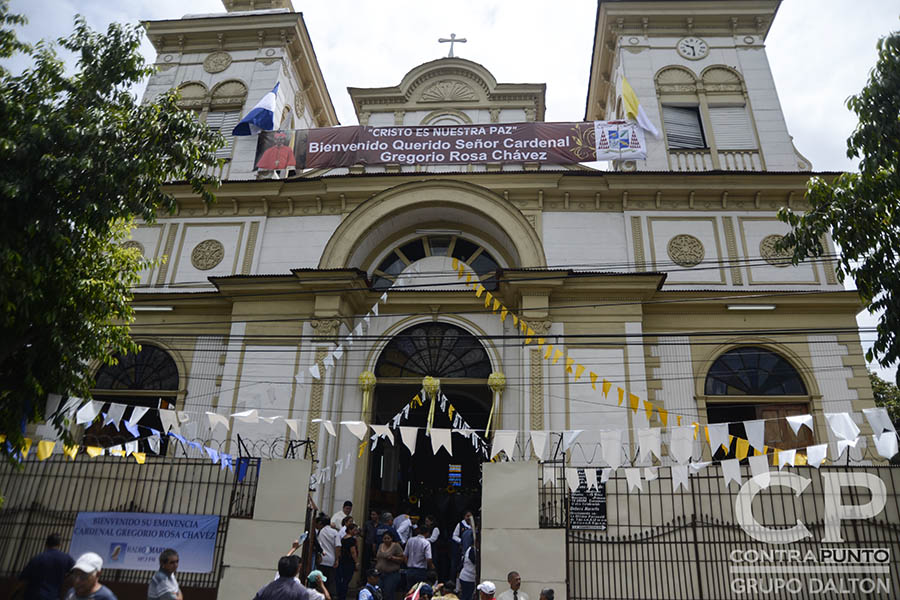 El cardenal celebró una misa de acción de gracias por su investidura en la parroquia San Francisco, en San Salvador, donde funge como párroco.