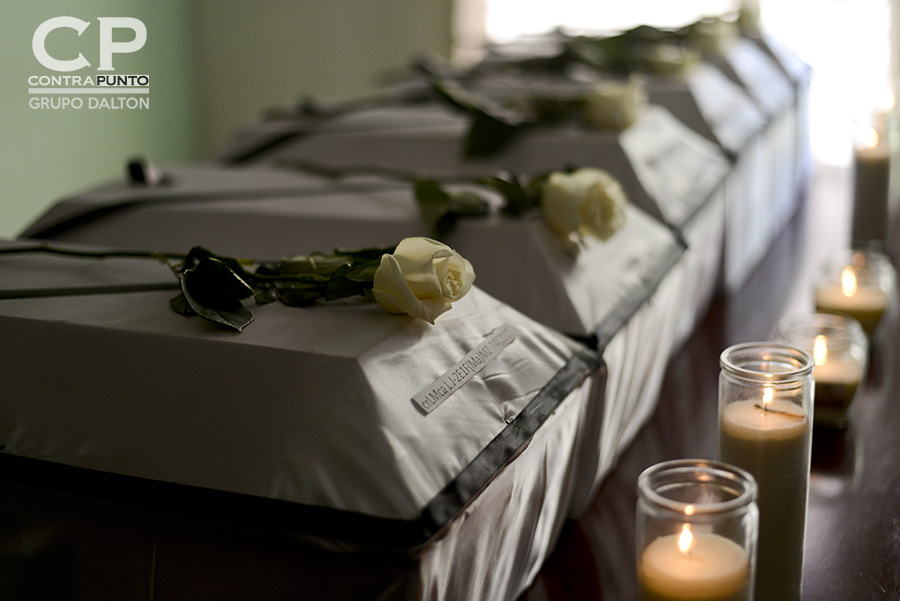 Las osamentas de seis niños víctimas de la masacre de El Mozote, ocurrida en diciembre de 1981, fueron entregadas a abogados querellantes de Tutela Legal