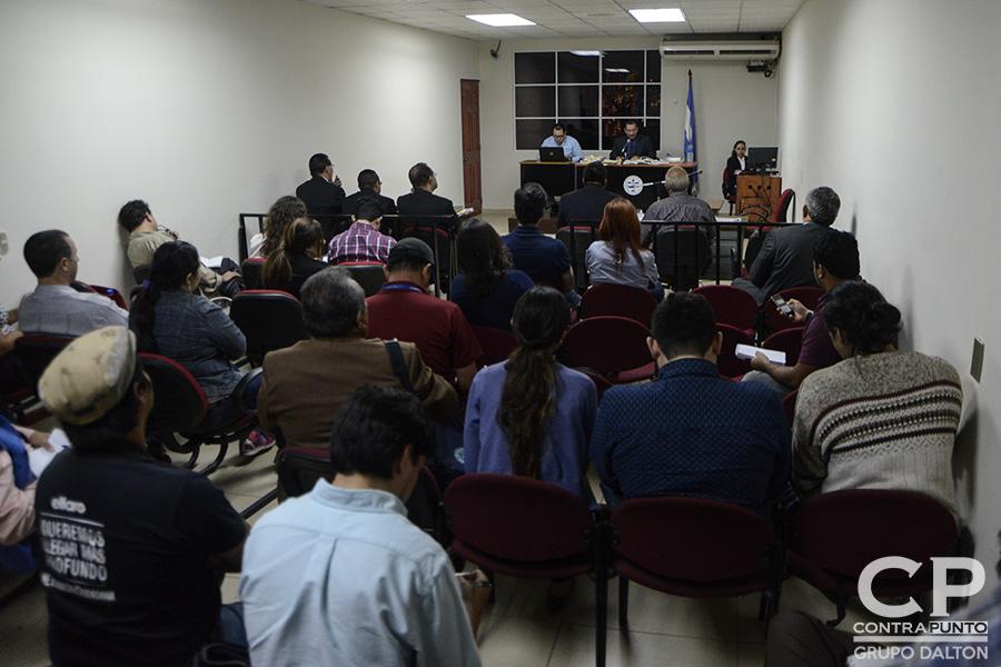 La audiencia de intimación de Bustillo fue ante el  juez Segundo de Primera Instancia Jorge Urquilla que le informó de los delitos que pesan en su contra.