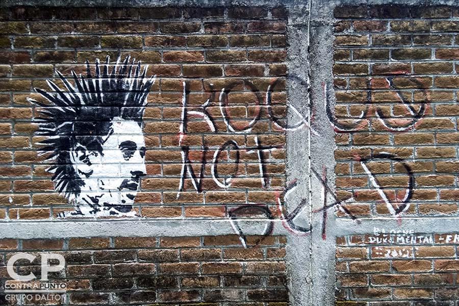 Grafiti de Roque Not Dead, del artista Duke, ubicado en Chalchuapa, Santa Ana.