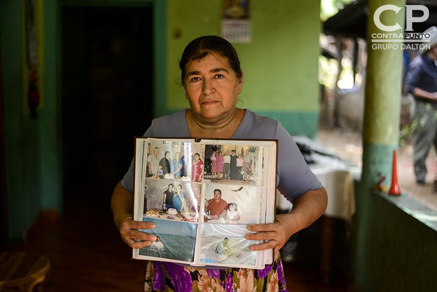 A Josefina Orellana, la cancelación del TPS a El Salvador le ha dejado un mar de angustia. Confía que sus hijos puedan seguir trabajando en los Estados Unidos, pese al cierre del programa que beneficiaba a al menos 200 mil compatriotas.