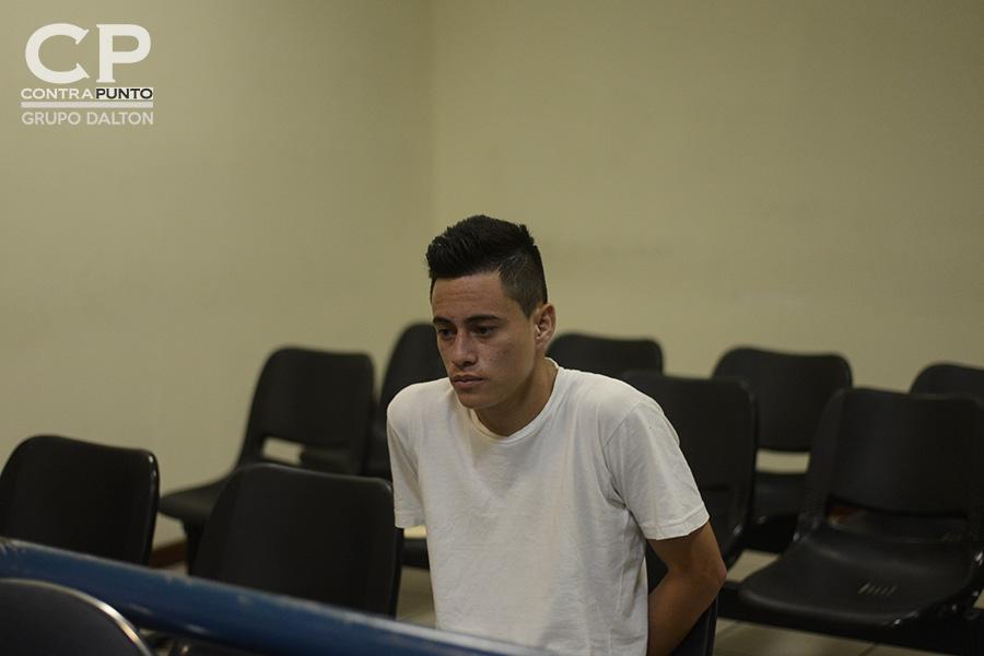 Daniel Alemán enfrenta el juicio por extorsión al que se le implica junto con seis acusados más, en un delito por el que fue intimado mientras se encontraba preso luego de que dos agentes policiales le implantaran droga.