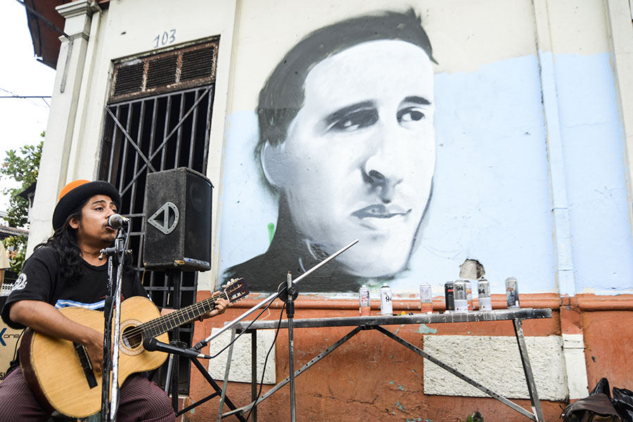 Canto, danza, poesía y pintura fueron las herramientas para recordar al poeta asesinado en 1975 tras una orden girada por la dirigencia del entonces