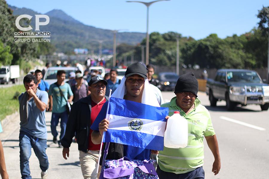 Siempre sintiéndose orgullosos de ser salvadoreños, aunque este país no les haya dado las oportunidades que necesitaban
