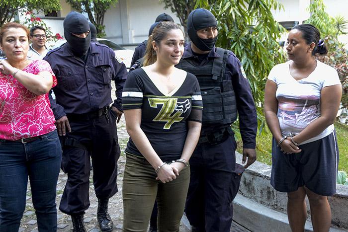 Las autoridades no dieron mayores detalles sobre los indicios recabados en las investigaciones que llevaron a las detenciones de Posada y demás acusados. Foto: Vladimir Chicas.