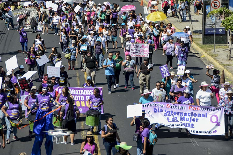 Desde entonces han surgido distintos movimientos para reivindicar los derechos de la mujer y es en honor a ese momento que se declaró el Día Internacional de la Mujer.