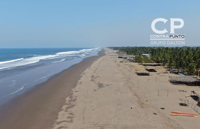 Playa Monzón Metalío la mañana del viernes santo