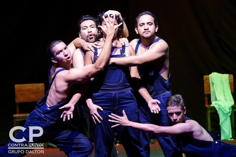 La Compañía Universitaria de Teatro presenta