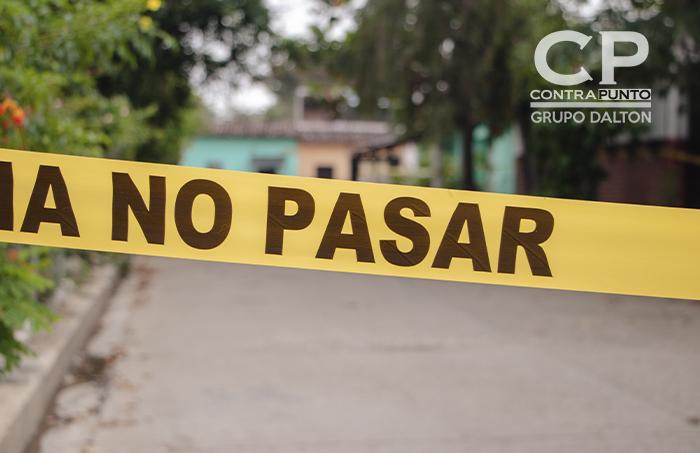 Cinta policial bloquea el acceso en una de las calles del municipio de Chalchuapa