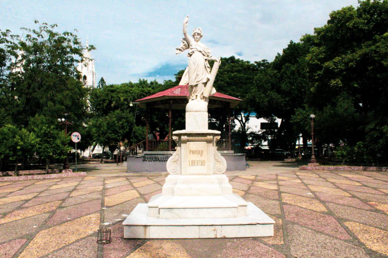 Parque Libertad de Santa Ana.