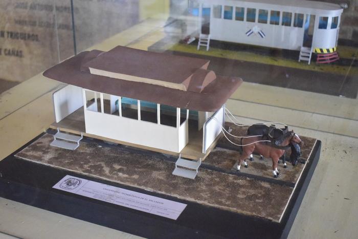 En el museo del ferrocarril se puede observar como fue evolucionando el sistema de transporte en tren.