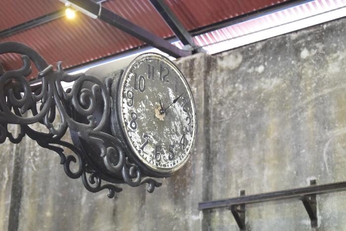 El tiempo era un factor muy importante, pues faltar con la puntualidad a la hora de comenzar un viaje en tren podía significar tener un accidente.
