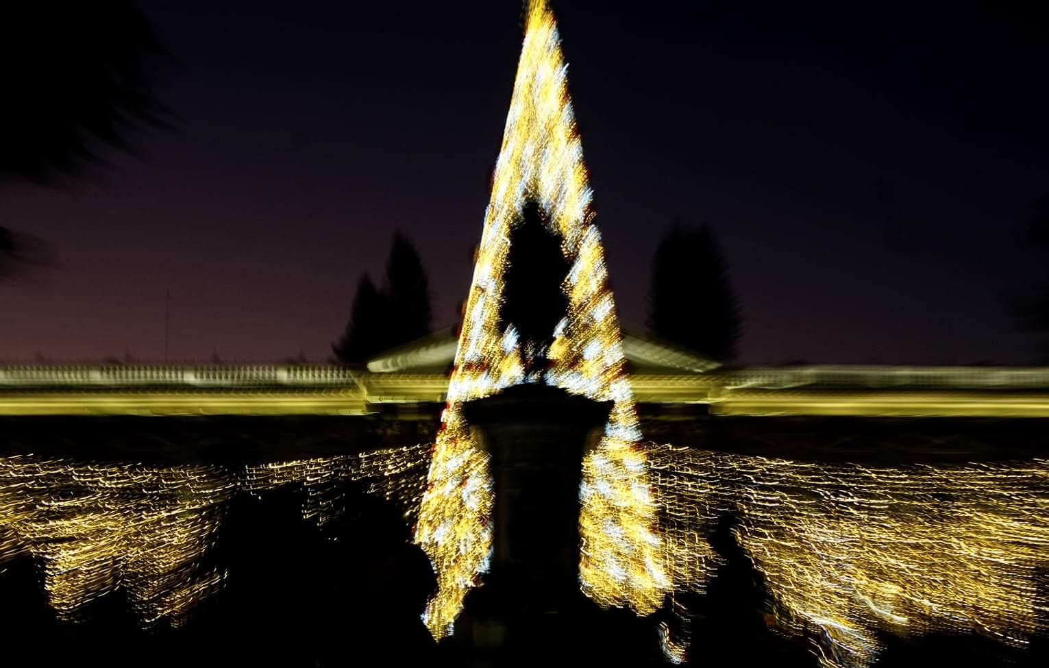 La navidad en el mundo significa el nacimiento de Jesús en belén, pero siempre se tienen interrogantes o no está muy claro cuando nació, unos dicen que fue 24 o 25 de diciembre, en fin lo importante es recordar y celebrar ese día.